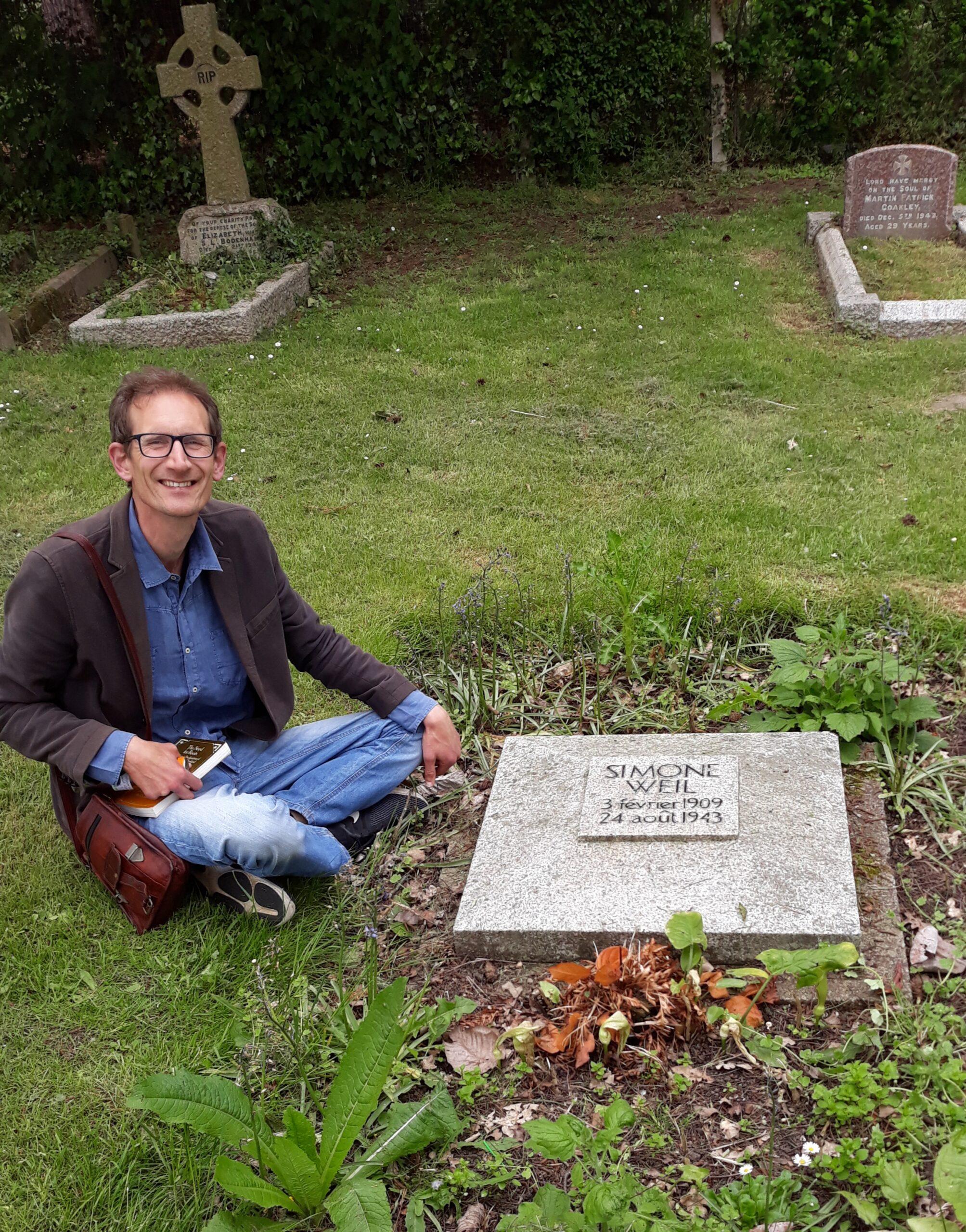 Stefan at Simone Weil grave