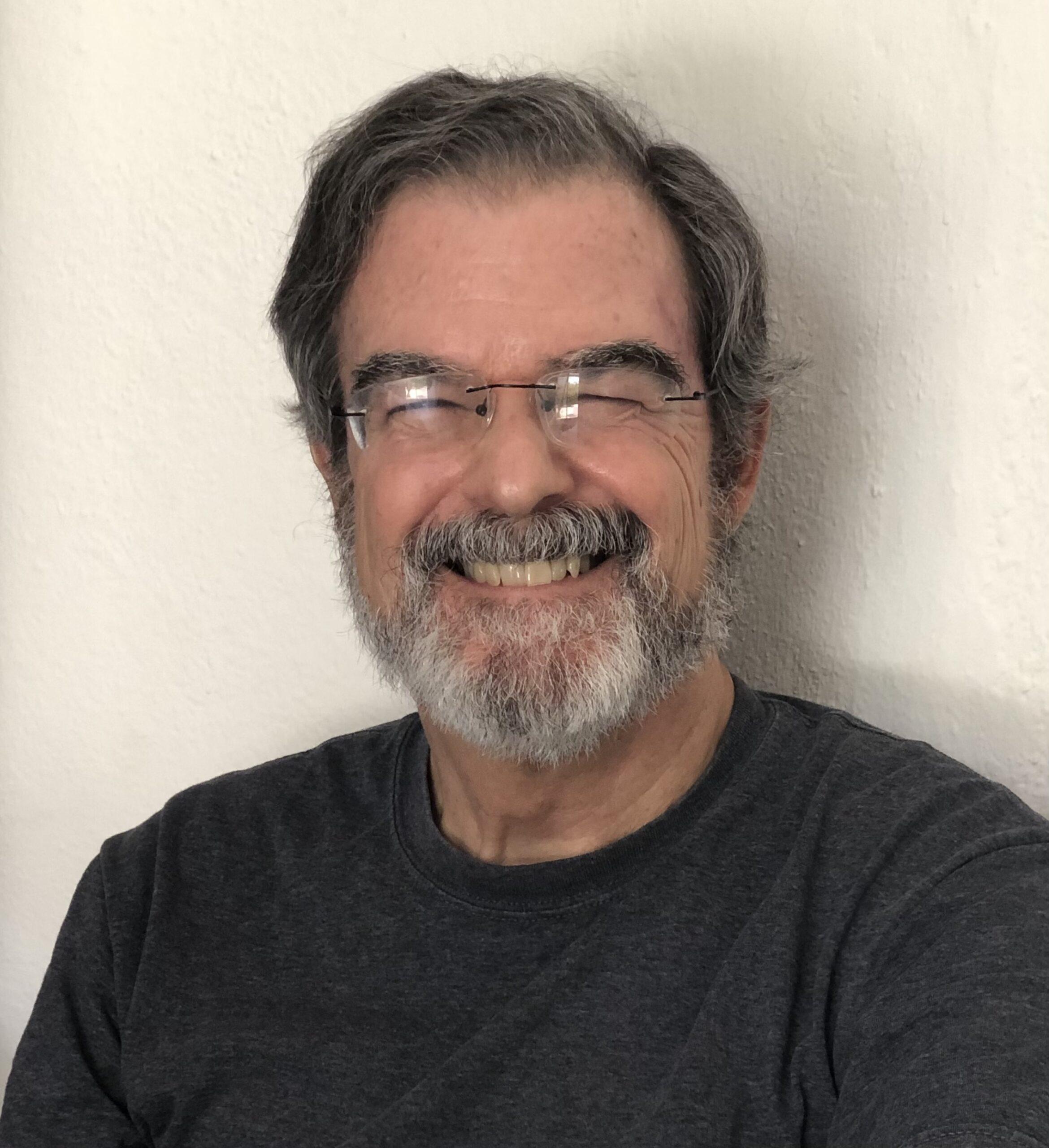 Enrique Lavin